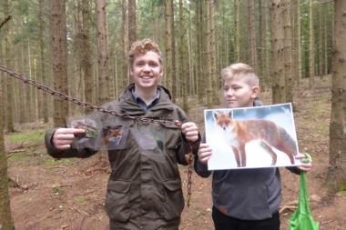 An Kevins Station ging es um die Nahrungskette im Wald. Wer frisst wen wann und was passiert, wenn ein Tier verendet.